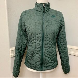 The North Face Women's Quilted Jacket Small